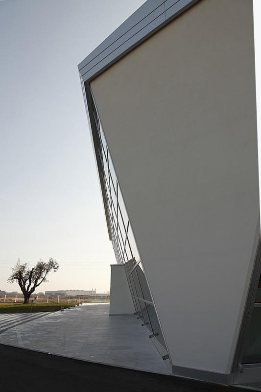 4_Vista della soluzione d'angolo-Loriblu Porto Sant'Elpidio